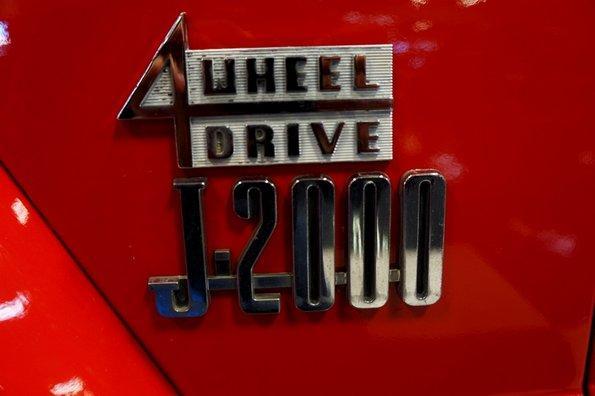 1966 Jeep J-2000 pickup truck, 4×4