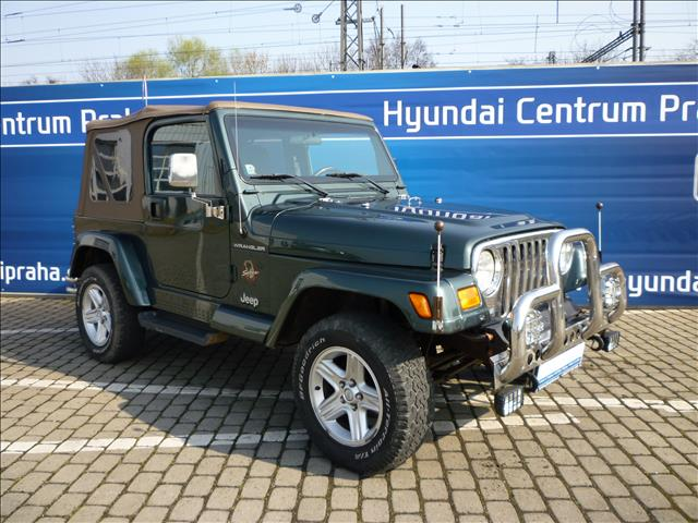2002 Jeep Wrangler 4.0i HARD TOP SAHARA for sale