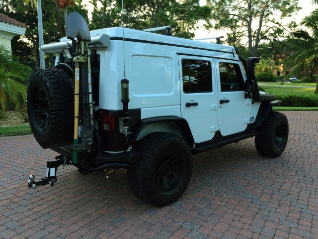 2013 Jeep Wrangler Unlimited Rubicon Extreme Camper