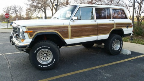 1988 Jeep Wagoneer 5.9l for sale