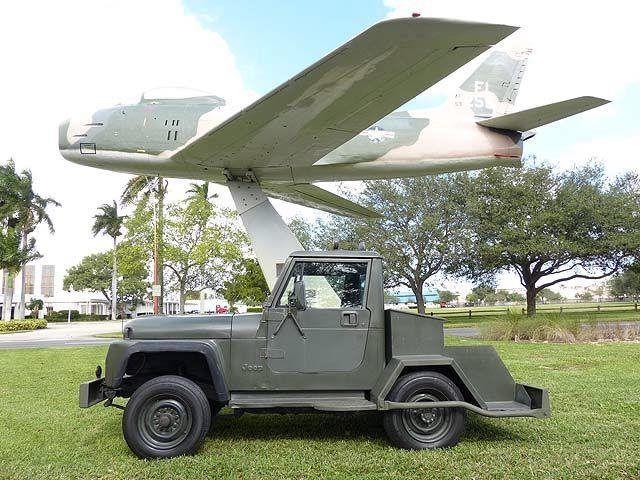 1984 Jeep CJ-10 Aircraft Tug Diesel 3.3 Automatic