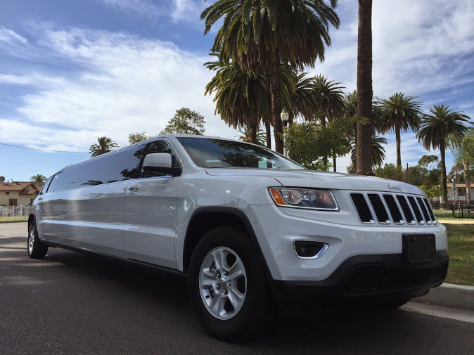 2015 Jeep Grand Cherokee Stretch Limousine