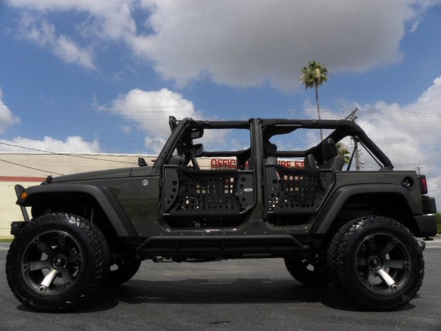 Jeep Wrangler Body Armor >> 2015 Jeep Wrangler FURY Poison Spyder DV8 BODY Armor Smitty FUEL BEAS for sale