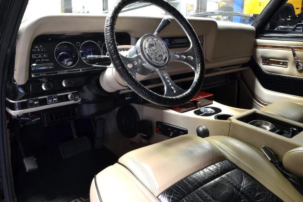 1984 Jeep Wagoneer Bio Diesel engine once owned by Schwarzenegger !