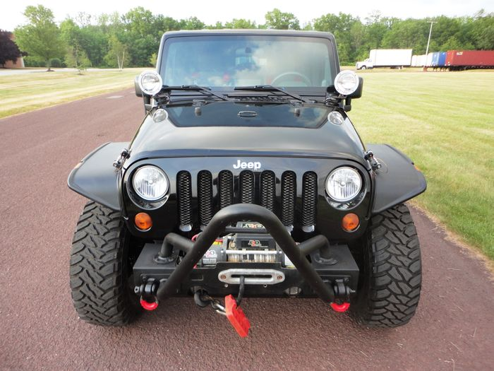 2010 Jeep Wrangler Unlimited RUBICON 35