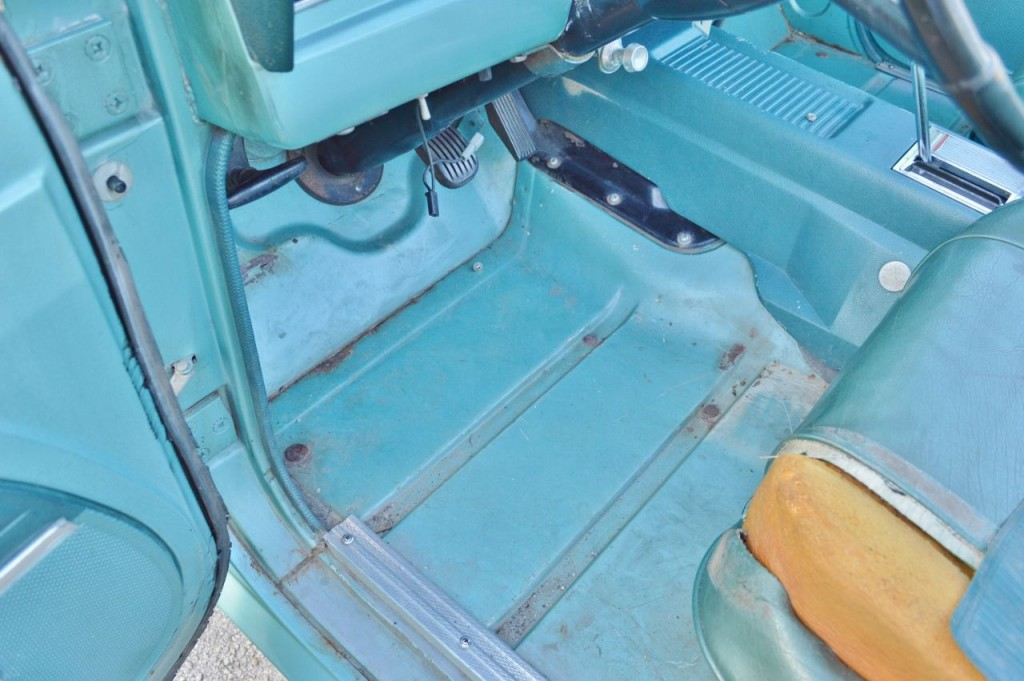 1968 Jeep Jepster V6 – automatic – 4×4