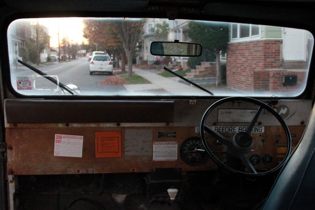 1982 Jeep DJ5  Postal Jeep