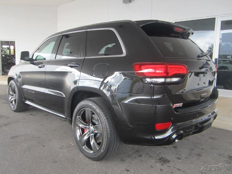 2015 Jeep Grand Cherokee SRT 6.4L V8 16V