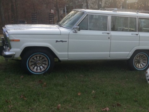 1985 Jeep Grand Wagoneer 360 V-8 automatic for sale