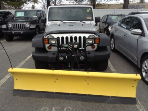 2010 Jeep Wrangler 4WD snow plow: for sale