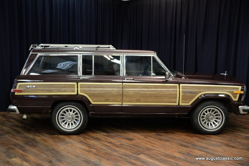 1988 Jeep Wagoneer Limited Sport