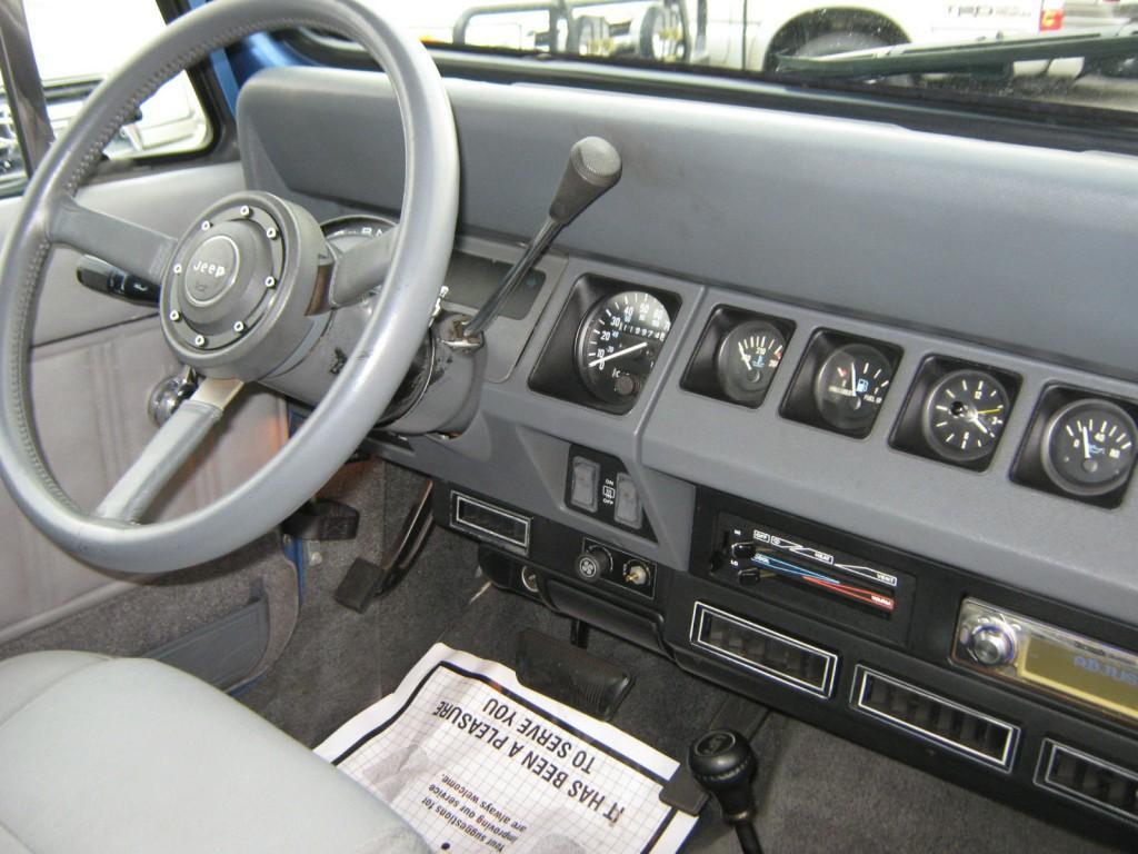 1989 Jeep Wrangler YJ LAREDO