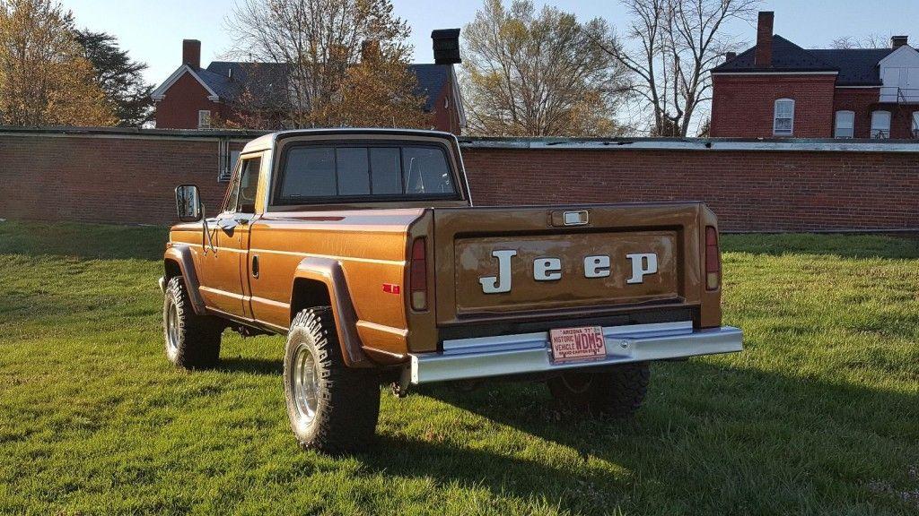 1988 Jeep J-10 Truck 4WD