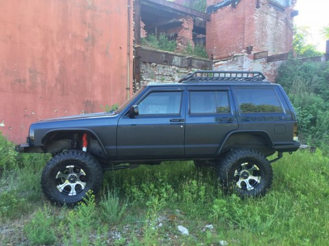 2001 Jeep Cherokee Freshed up and Lifted Trade In for sale