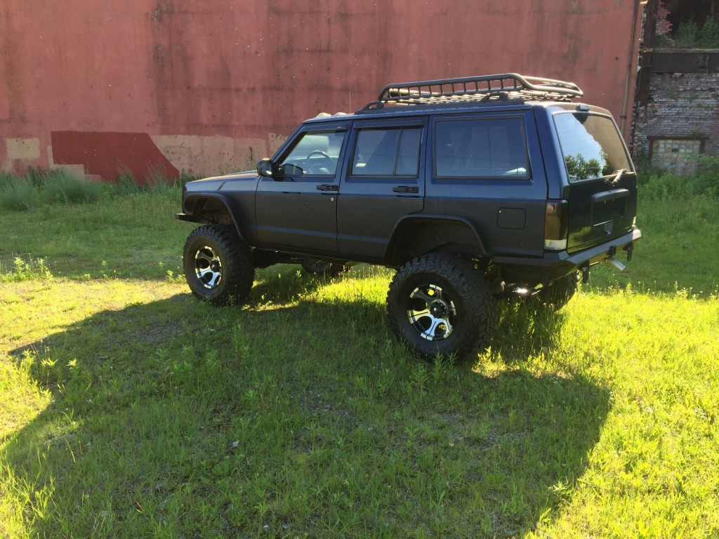 2001 Jeep Cherokee Freshed up and Lifted Trade In