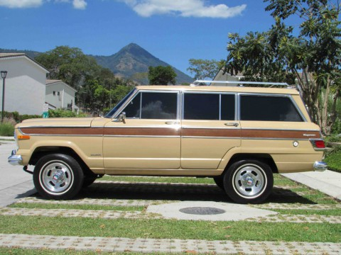 1977 Jeep Wagoneer FULL RESTORATION!!! for sale