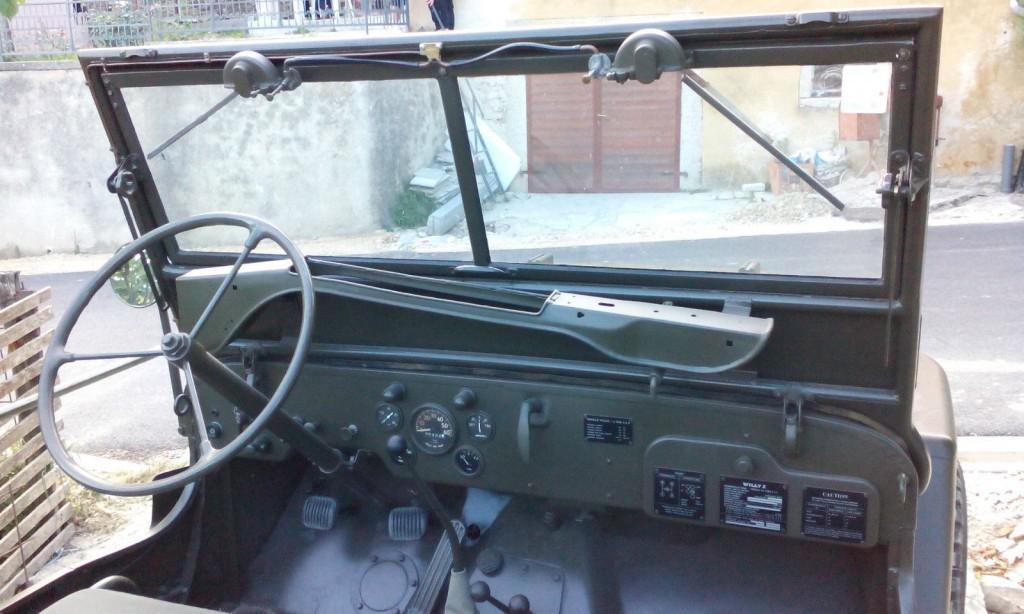 1945 Jeep Willys obnovený do původního stavu