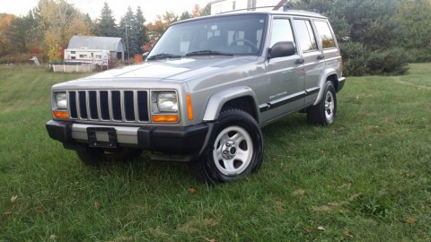 2001 Jeep Cherokee XJ SPORT for sale