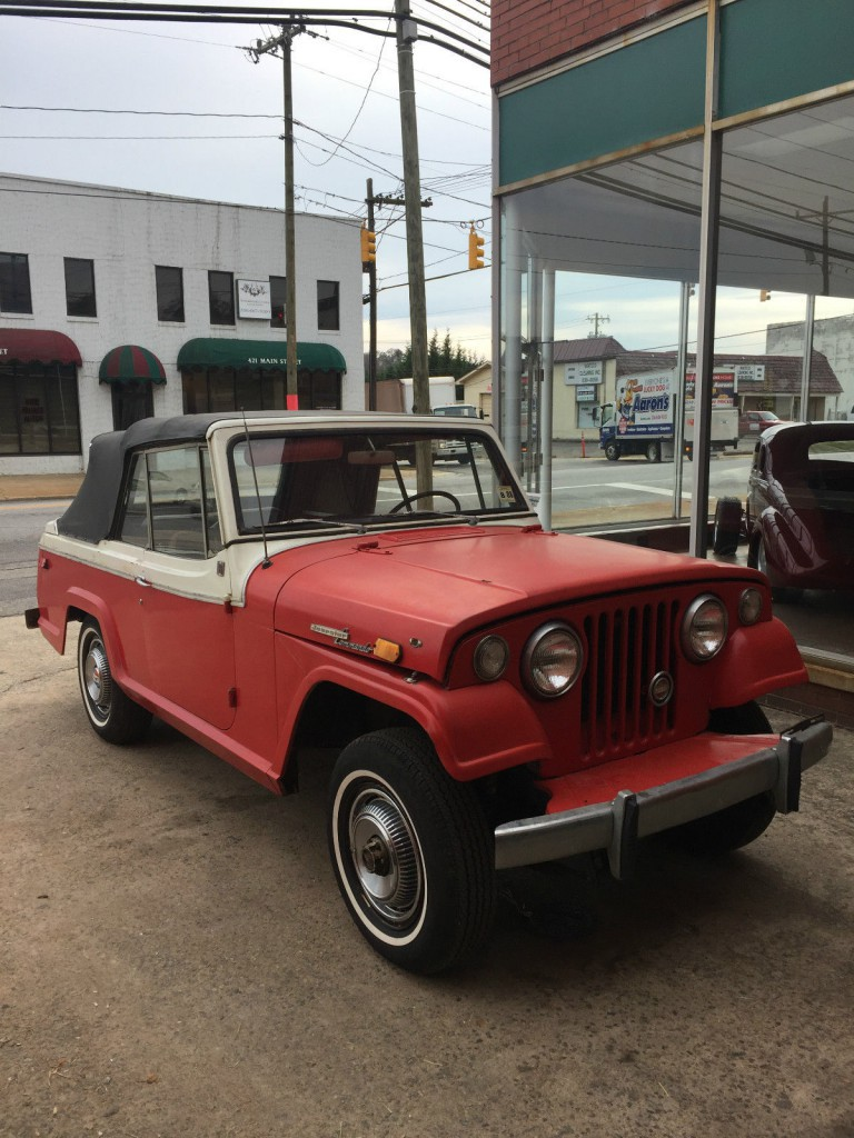 1969 Jeep Jeepster Base 3.7L