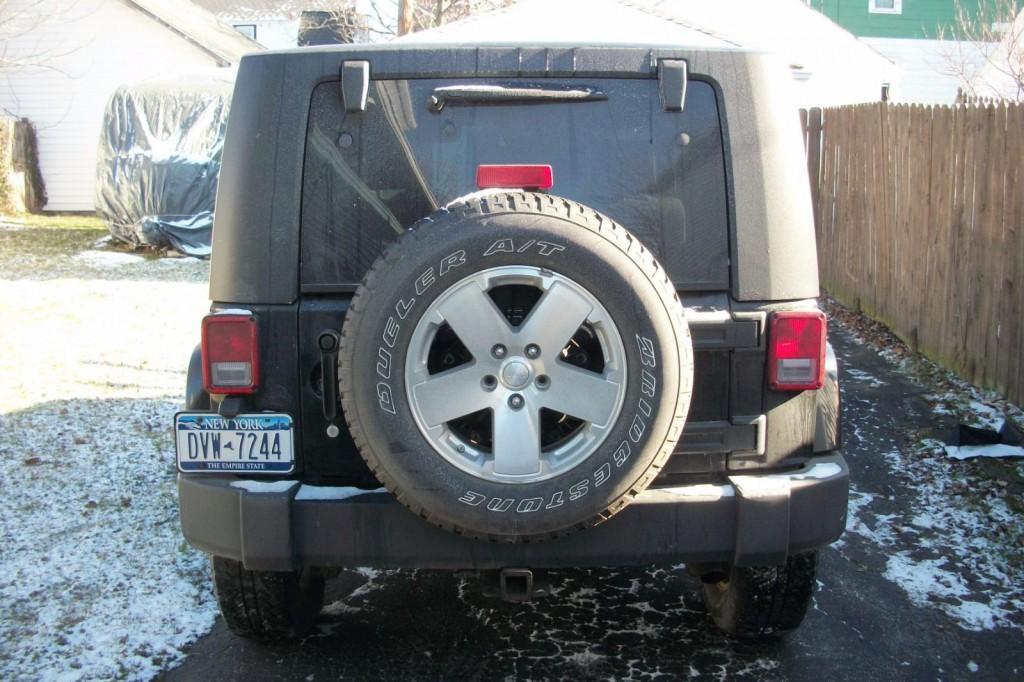 2008 Jeep Wrangler Sahara with Blizzard snowplow