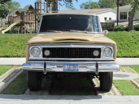 1977 Jeep Wagoneer is the first luxury 4×4 for sale