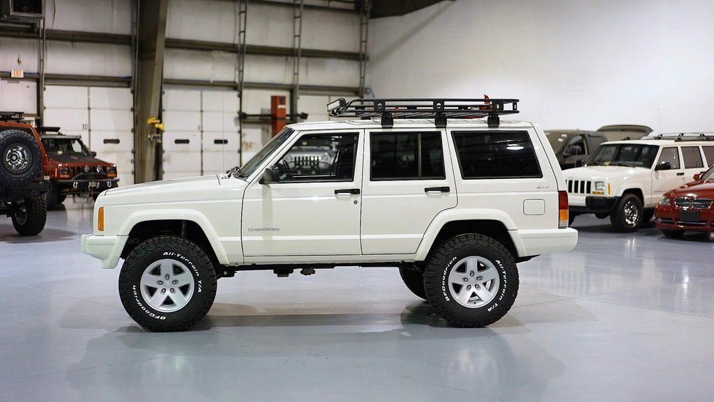 1999 Jeep Cherokee XJ SPORT 4l