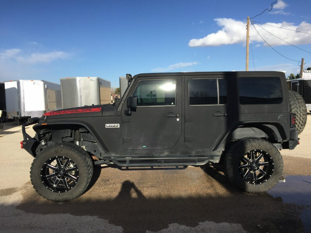 2015 Jeep Wrangler Unlimited Ripp Super charger