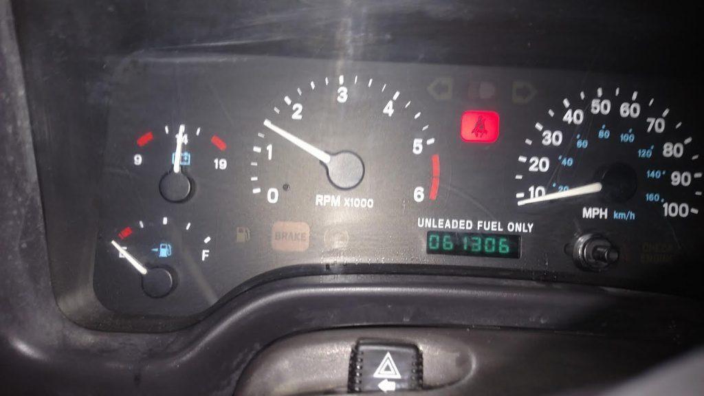 1997 Jeep Wrangler Sahara. 4.0,