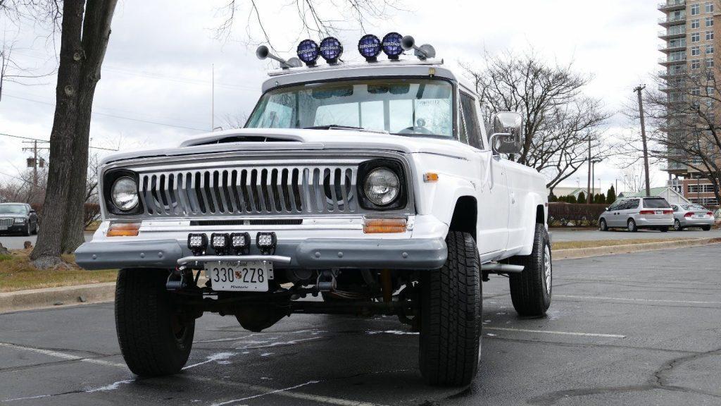1977 Jeep J20 base, 5.9l
