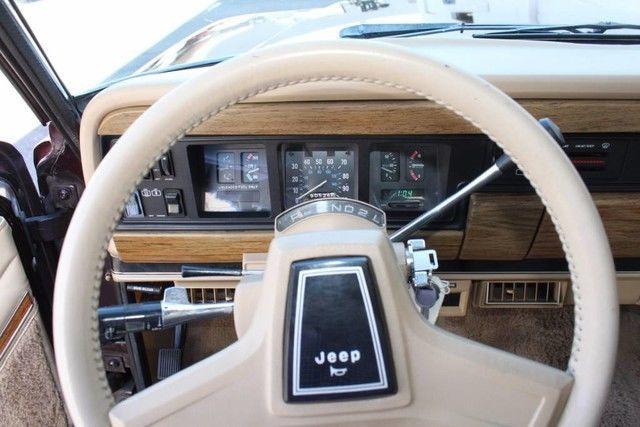 1989 Jeep Grand Wagoneer Limited 4X4