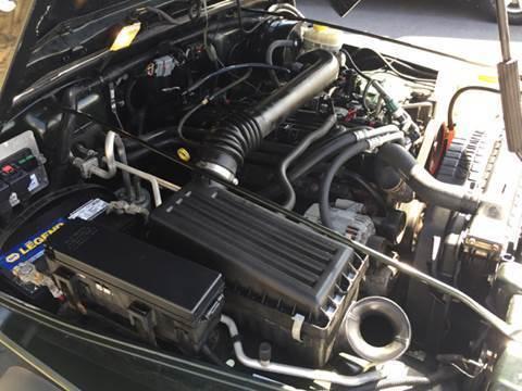 2005 Jeep Wrangler X Sport Utility 2-Door