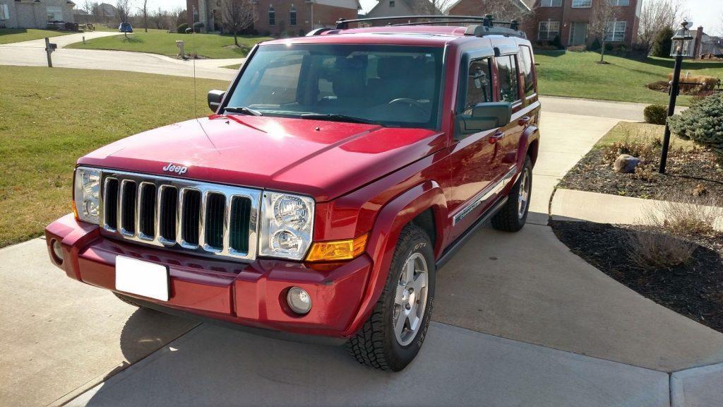 2010 Jeep Commander Sport 4X4
