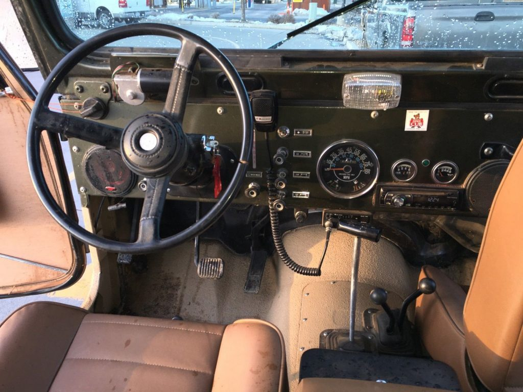 1982 Jeep CJ-8 Scrambler  Hard and soft top