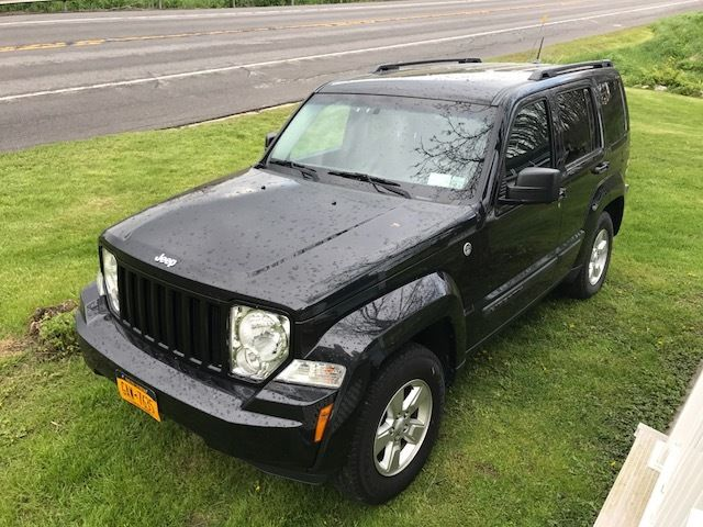 2012 Jeep Liberty Base