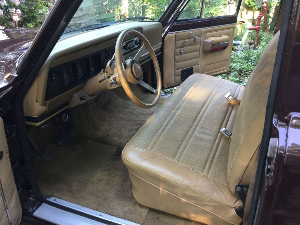 1987 Jeep J10 Truck