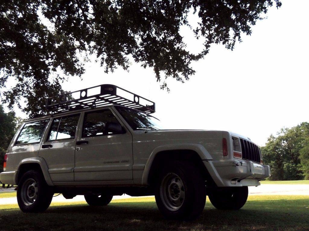 1999 Jeep Cherokee XJ Classic Sport Utility 4-Door
