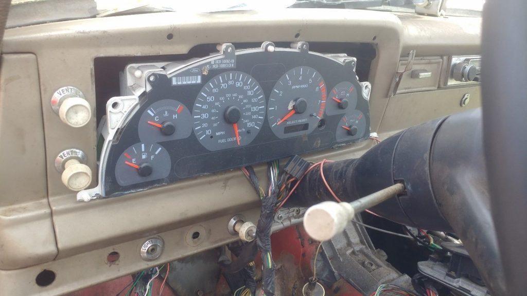 1968 Jeep Gladiator J2000 with Ford V8 EFI motor