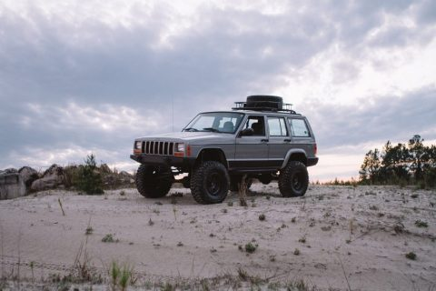 2000 Jeep Cherokee Classic Sport Utility 4.0L for sale