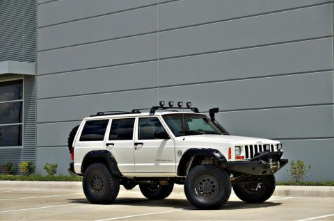 1999 Jeep Cherokee Sport 4×4 XJ! XRC Bumpers! 102k miles! for sale