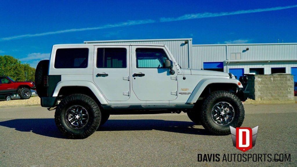 2014 Jeep Wrangler Sahara, Leather, Navigation, LOADED