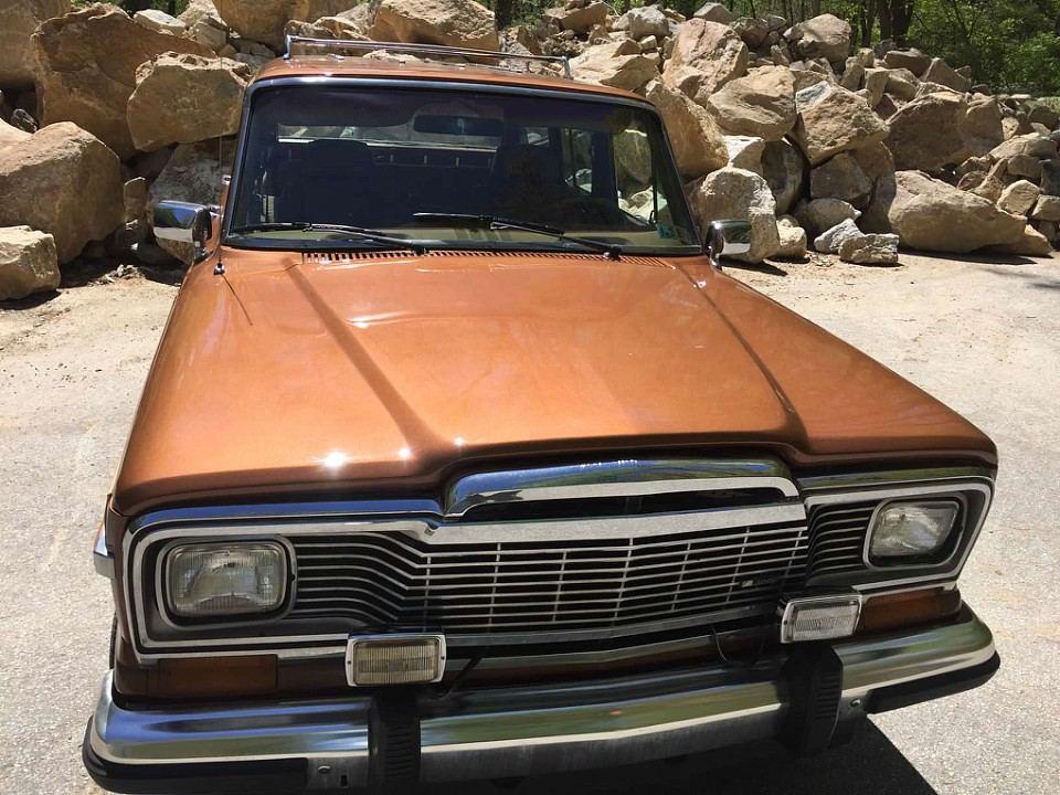 1985 Jeep Wagoneer Woody 4×4 V8