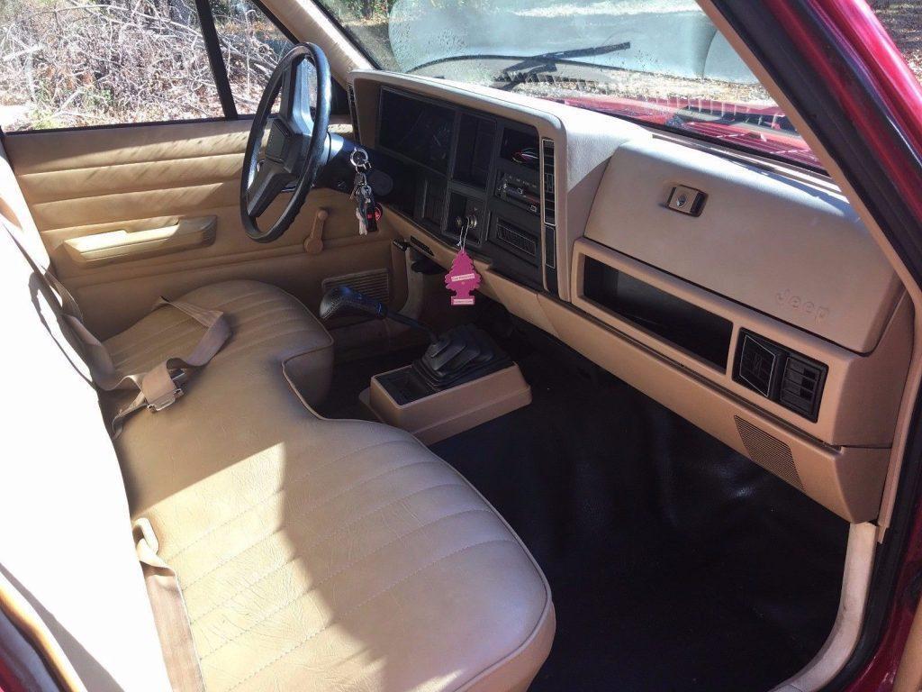 1987 Jeep Comanche Sport
