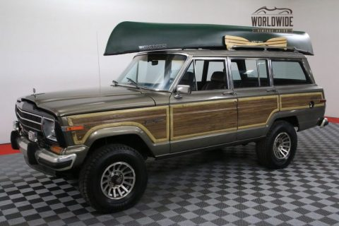 1987 Jeep Wagoneer NEW V8 AUTO AC 2 Owner!!!!! for sale