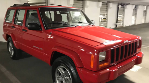 "2000 Jeep Cherokee Classic ""Flame Red"" for sale"
