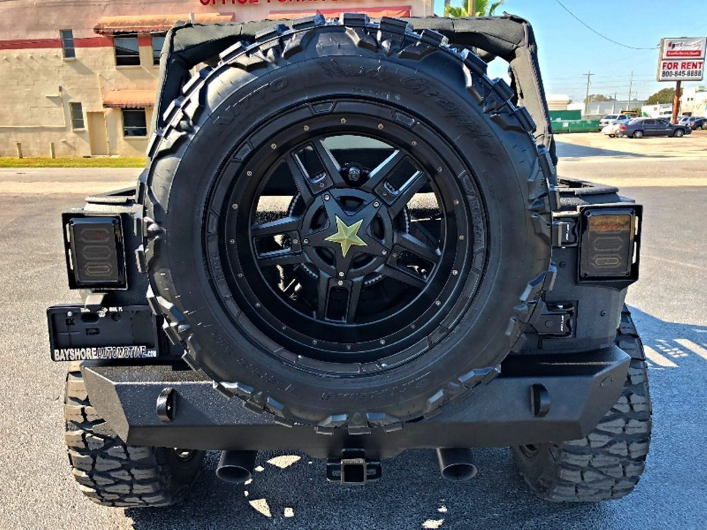 2017 Jeep Wrangler Grumper Rhino Military Armor Leather 24S 4.88