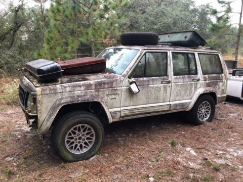 US $300.00!  1990 Jeep Cherokee for sale