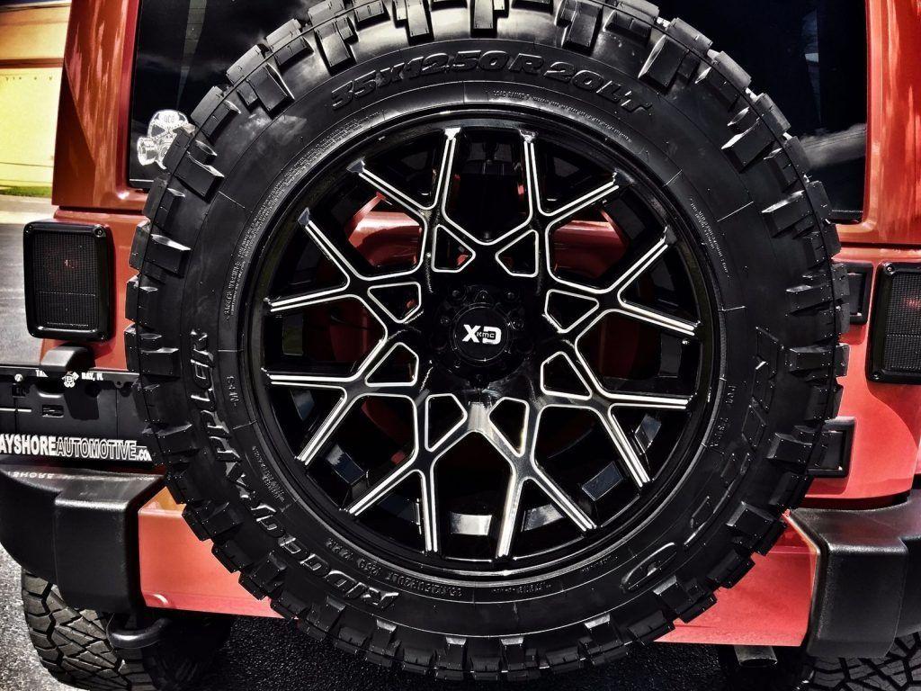 2016 Jeep Wrangler Sahara Custom Lifted Leather HARDTOP