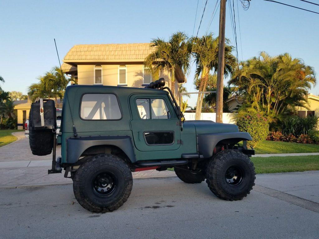 1980 Jeep CJ Lifted V8 350 Motor