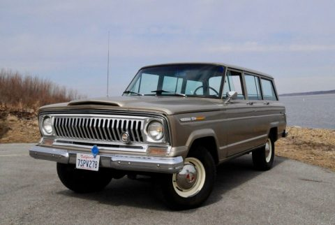 1969 Jeep Wagoneer V8 for sale