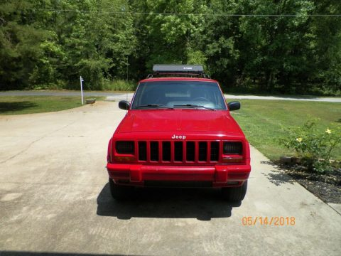 2000 Jeep Cherokee 4dr. for sale